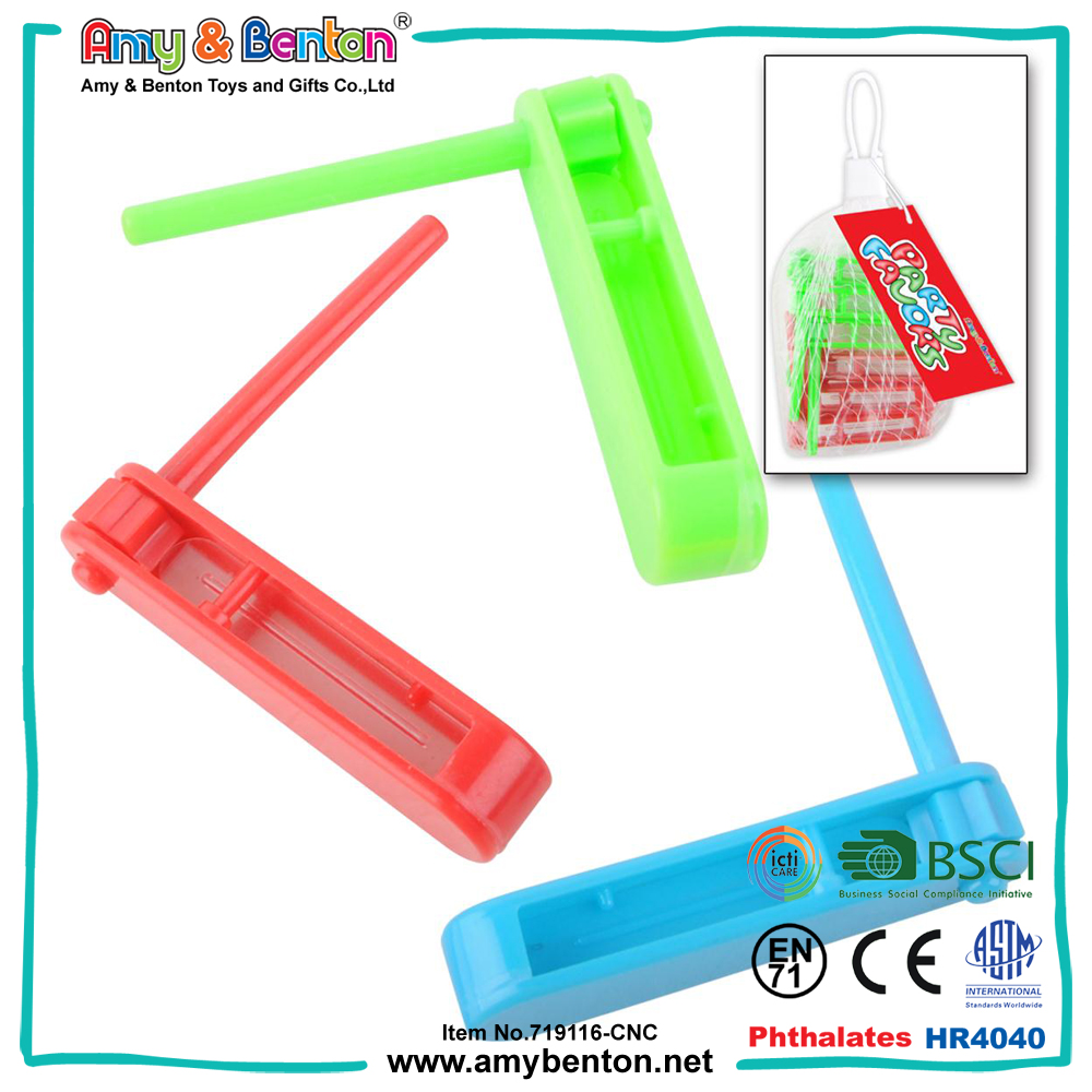 Christmas small gifts spin noise maker whistle toy for kids