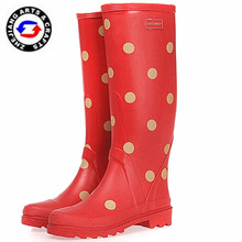 Whlesale red dot design 15' caucho adultos <span class=keywords><strong>mariquita</strong></span> botas de lluvia