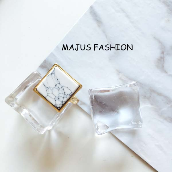 latest style gold plating white nature stone ring