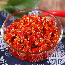 Natural red sriracha hot chili sauce manufacture