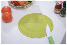 Plastic Round Cutting Board /Smilling Design Chopping Board