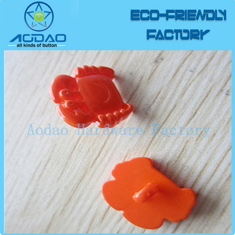 Latest Design Fancy Plastic Crab Shape Button For Children Clothing