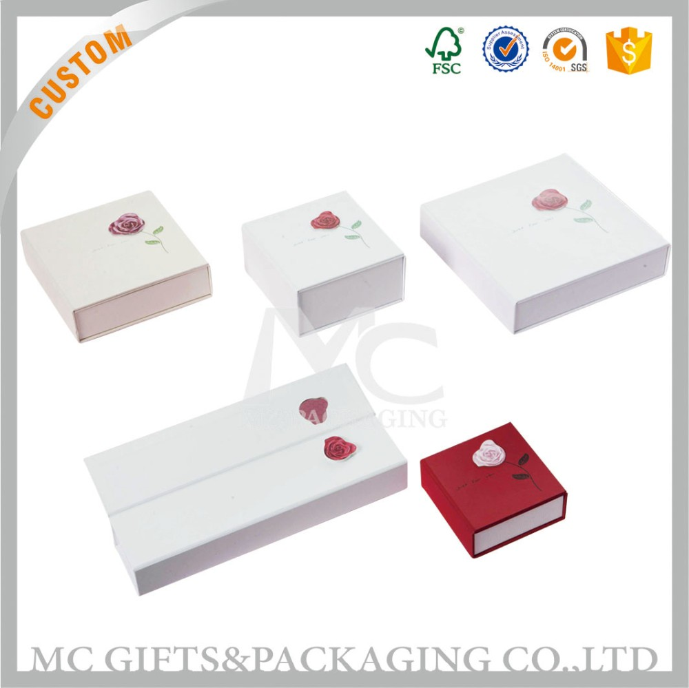 Delicate jewelry box custom cardboard jewelry box wholesale jewelry box packaging