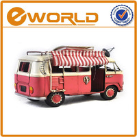 1:20 Manually decor wrought public holiday gifts luxury buses in 1966, household ofing antique metal bus toy