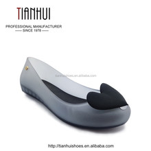 2018 New Style Women Pointed Shoe Jelly Flat Shoe With Bow