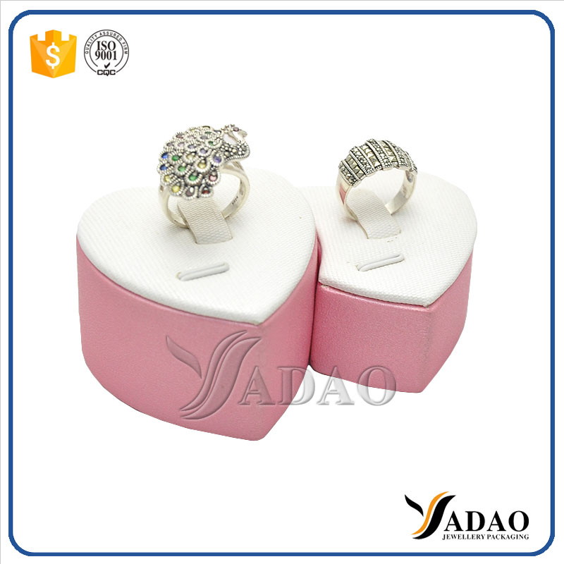 Heart shape wedding pink ceramic oem jewelry ring dispaly holder