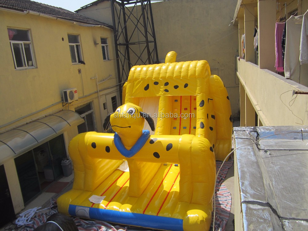 The new design of yellow spotted dog child inflatable slides