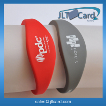 customised printing HF chip NFC silicone wristband