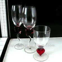 Heart shaped decoration wine glass
