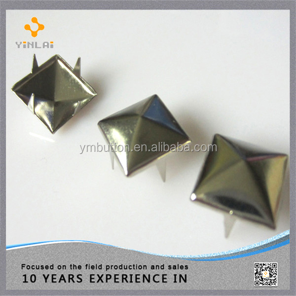 Decorative Claw Studs (MC19)