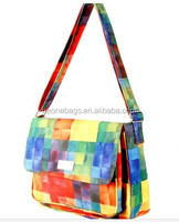 Cheap China Wholesale Advertising Rainbow Leisure School Messenger Bag