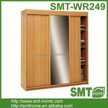 Modern Solid Wood Sliding-door Wardrobe Closet Design With Mirror