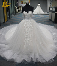 Ball Gown Elegant Sweetheart Appliques Lace Patterns Luxury Arabic Wedding Dress