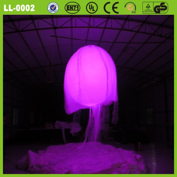 2014 Cool sytle led light decoration inflatable flying jellyfish inflatable