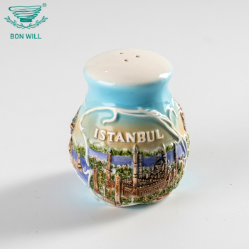 Wedding favors personalized souvenir embossed logo porcelain ceramic salt and pepper shaker
