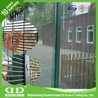 Black Wire Fence / Wire Grid Fence / Welded Wire Mesh Sheets