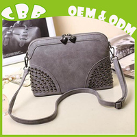 Factory small MOQ quantity online wholesale authentic designer fashion trends original leather bags for females