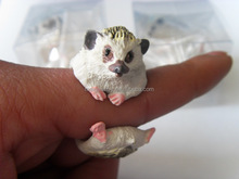 2016 new fashion 3D simulation plastic resin animal hedgehog shape rings for children