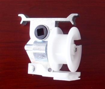Venetian blind cord tilt mechanism