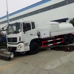 New design hot sale Road Crushed stone sequestration car and asphalt spraying joint truck