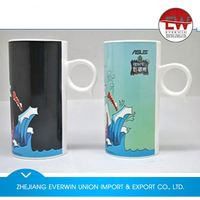 New arrival special design ceramic mugs with lid and silicon base for sale