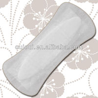 Panty maxi liner for heavy flow women