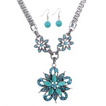 Hot sale 2016 blue crystal necklace and earring set for women