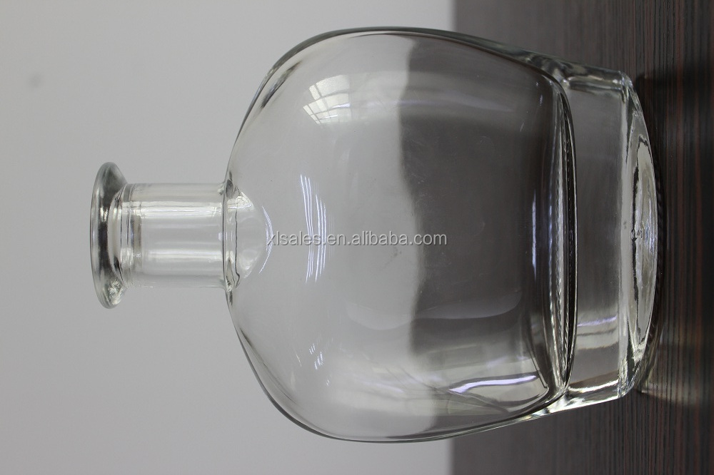 ORIENT 750ML GLASS MINERAL WATER BOTTLE JAR FOR SPICE