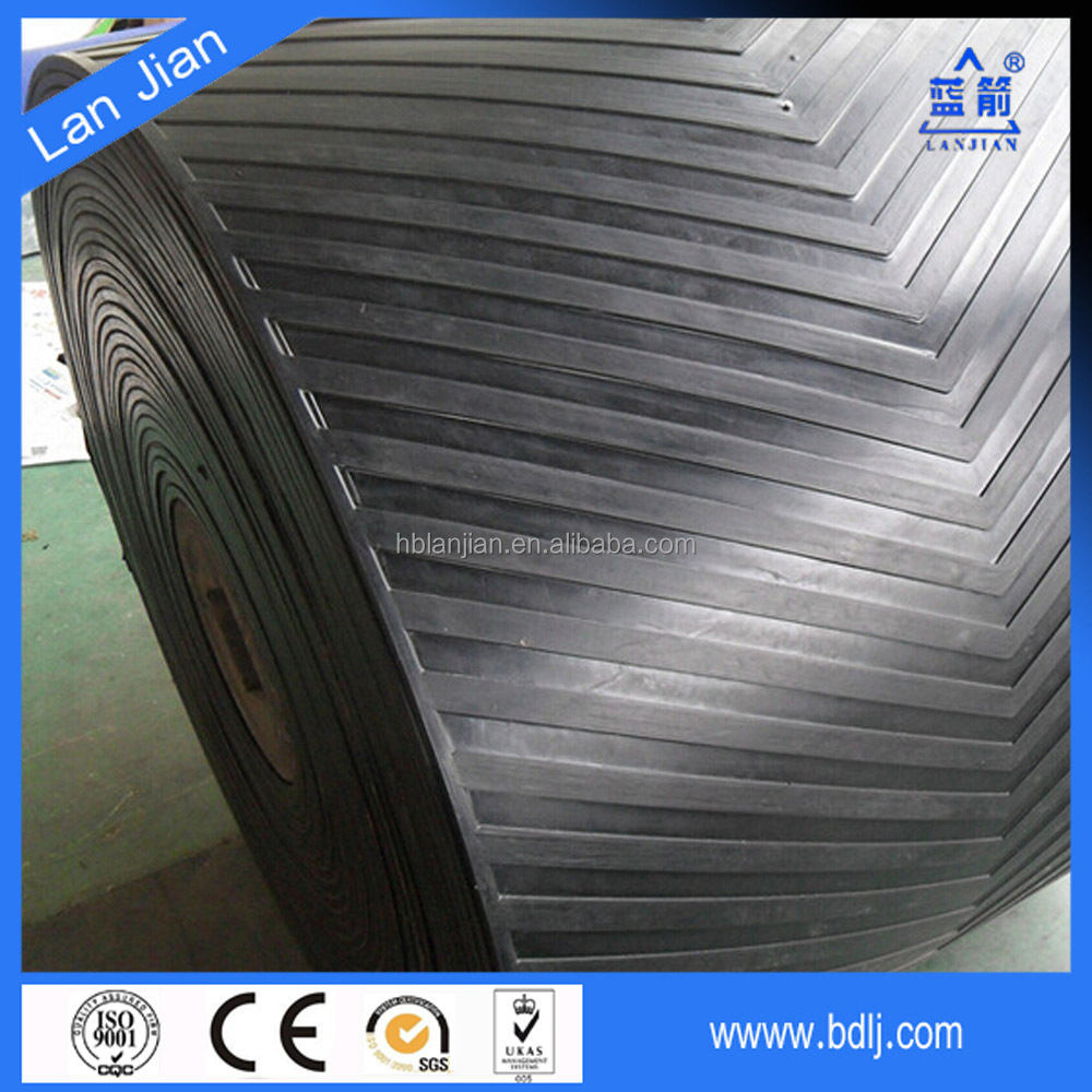 Iso standard High quality pattern sidewall conveyor belt with various cleats