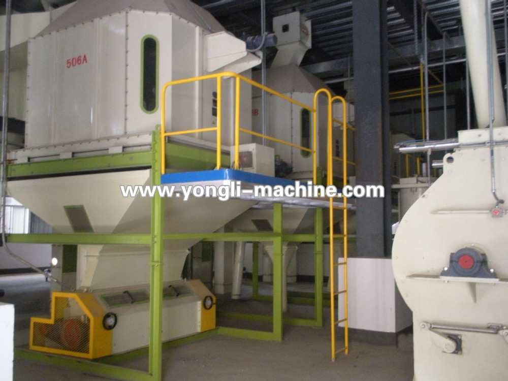 CE ISO approved animal feed processing machine for making feed pellets