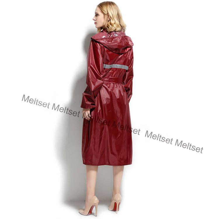 Trench coat style raincoat