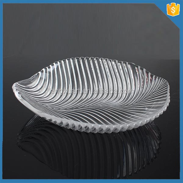 LXHY-524 Hand pressed clear leaf shape glass charger plates