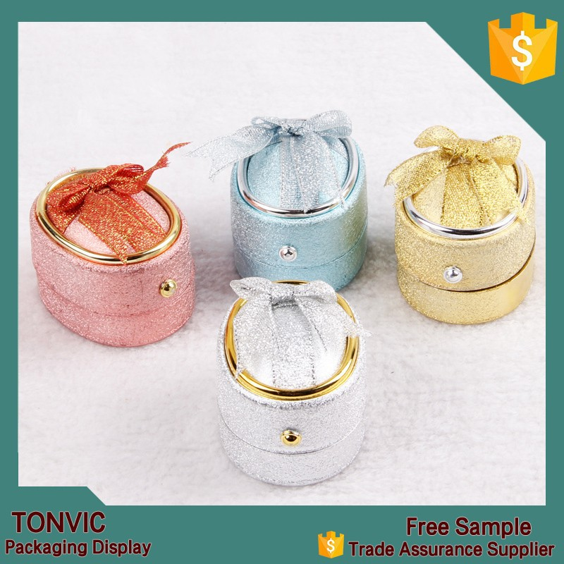 Hot egg shaped plastic ring box with ribbon
