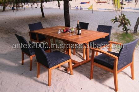 Delmiro Set made of teak and synthetic rattan for outdoor furniture