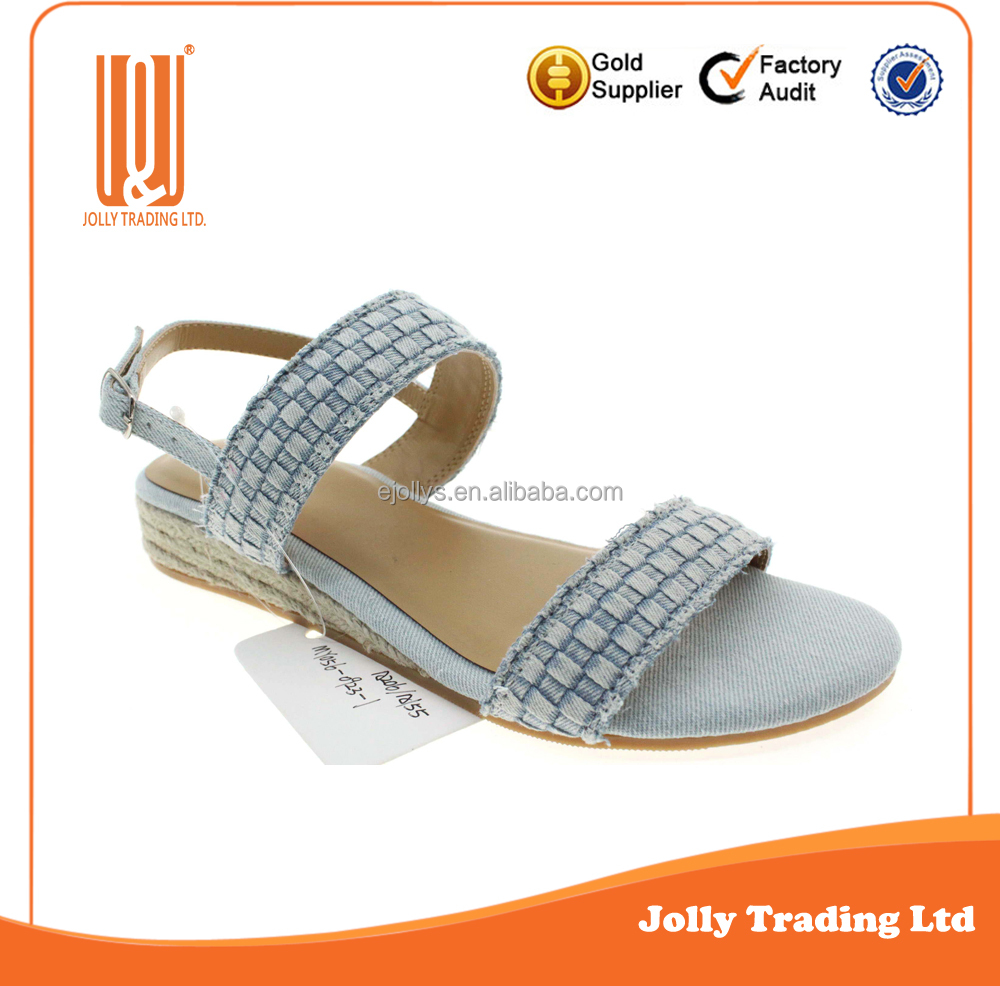 China Handmade New Trendy Hemp Rope Ladies Flat TPR Sole Sandal Woman Gold Sandals