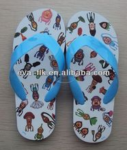 Promotional cheap custom snoopy slippers