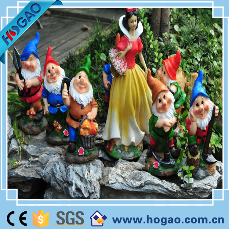 Resin fairytale snow white and seven dwarves garden statues