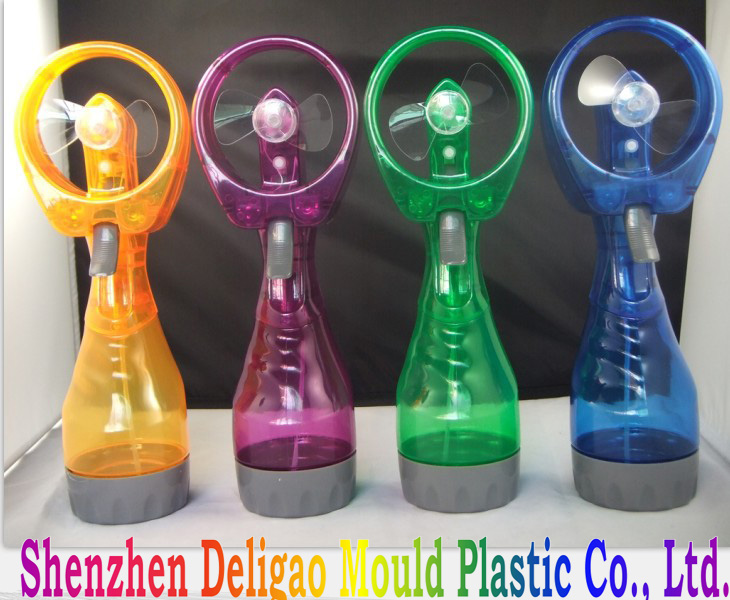 Factory wholesale 2*AA battery operated handheld mini water mist fan