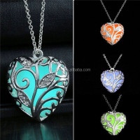 cheap best sale silver glowing necklace glowing in the dark necklace