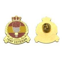 2017 new design metal lapel pin brooches and cap badge