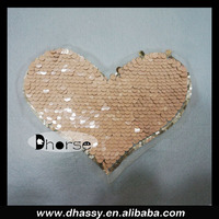 New product shiny pink heart shape sequin beaded appliques motifs