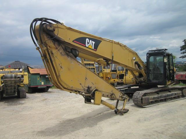 Used Long Front Excavator Caterpillar 320 CL<SOLD OUT>