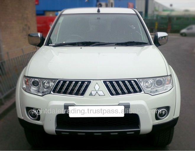 2010 Mitsubishi L200 Double cab 2.5 4WD with canopy