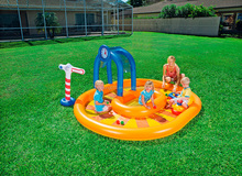 2017 year funny Pool Type swimming pool inflatable play centers for children
