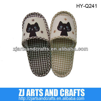 indoor slipper with cat embroidery and PVC outsole