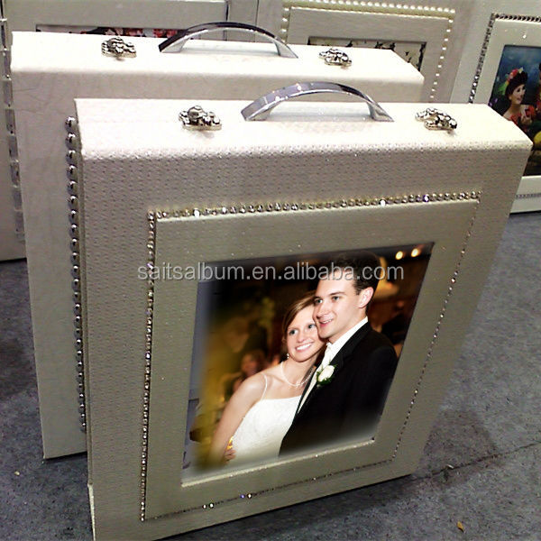2016 Hot-selling wedding photo album briefcase with picture window on the cover