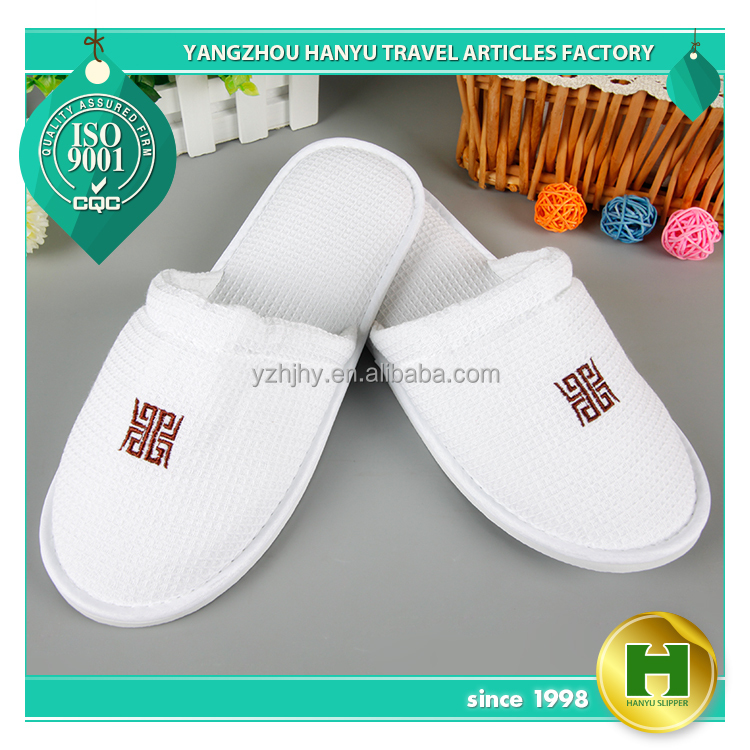 Walf Checks Hotel Slippers / Bulk Women's Grid Pattern Indoor Slippers / Fancy Embroidered Ladies' Diamond Pattern Spa Slippers