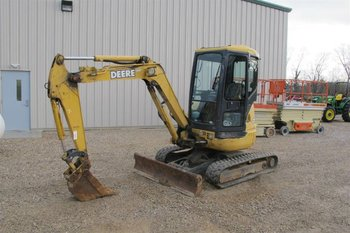 JOHN DEERE 35CZTS MINI EXCAVATOR WITH EROPS