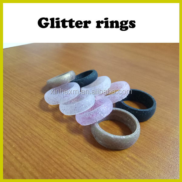 2017 New model cheap silicone rubber wedding ring sets his and hers