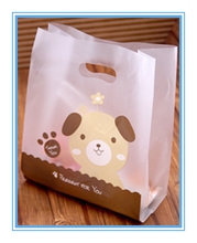 Small cute printing handles frosted plastic bag for gift wrapping